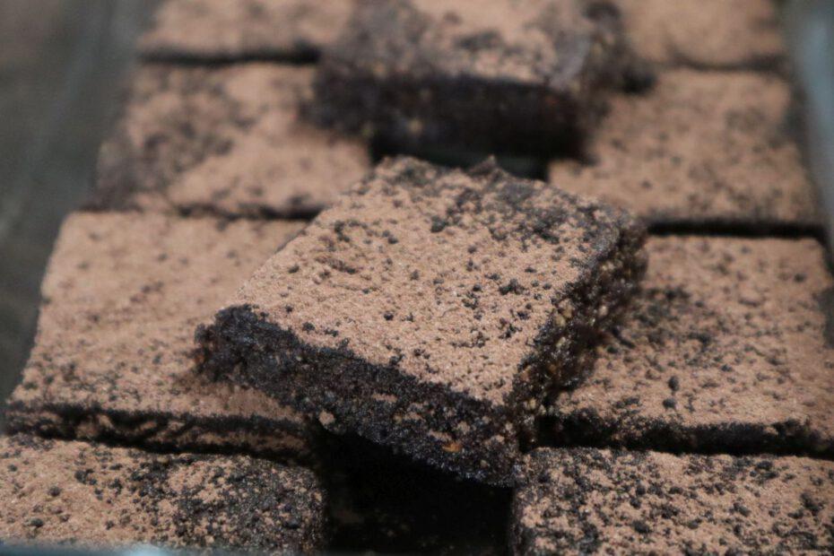 Tatos Rezepte - Haselnuss-Kakao-Konfekt
